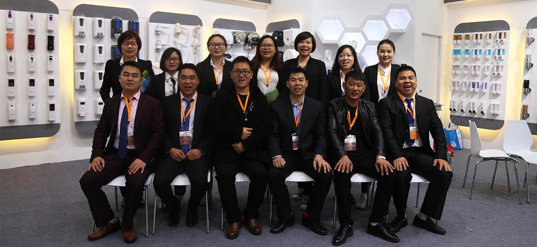 meet-our-team- factory-02
